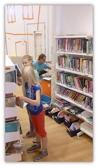 Bibliotheek In De School Stichting Palludara Cbs Op E